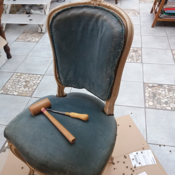 Chaise style Louis XV, restauration