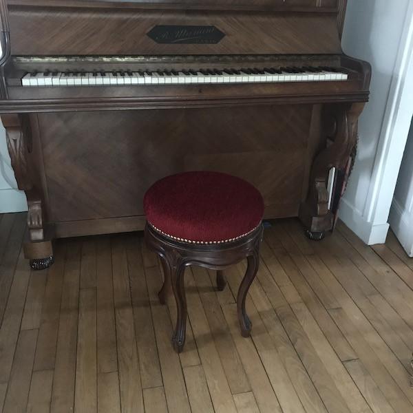 Tabouret de piano époque fin 19eme